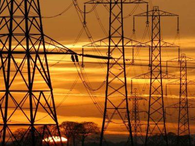 en-marzo-crecio-07-consumo-electrico-mas-demanda-hogares-e-industrias